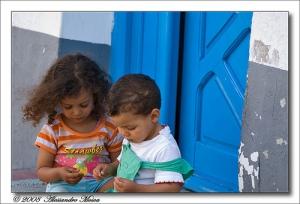 Bambini tunisini a Tabarka, foto di Alessandro Mosca