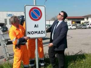 Nomadi:Comune vicentino affigge in paese 'divieto ai Rom'